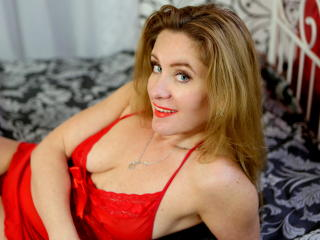 KinkyBetty fisting webcam show