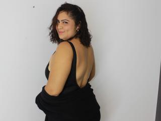 Webcam model AdrianaSmitth from XLoveCam