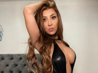 Webcam model AlexiaLory from XLoveCam
