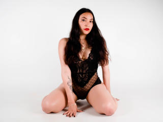 Webcam model AliceBlunt from XLoveCam