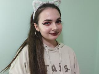 Webcam model AliceLeroy profile picture