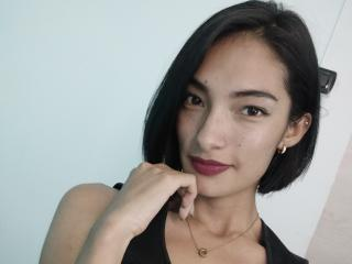 Webcam model AllessiaSexy from XLoveCam