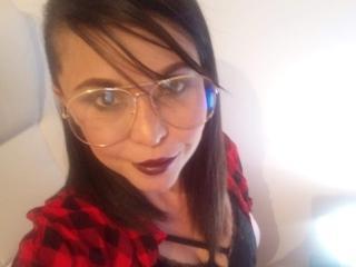 Webcam model AlyssiaKahlo from XLoveCam
