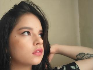 Webcam model AmbarLu from XLoveCam