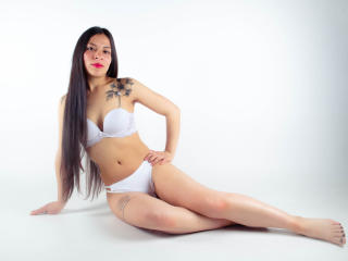 Webcam model AmyPaarker from XLoveCam