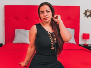 Webcam model AnnaLiia from XLoveCam