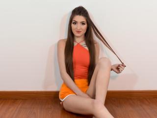 Webcam model AnnieMidori from XLoveCam