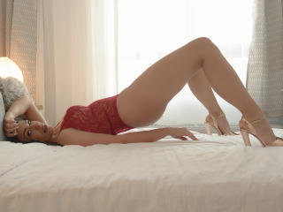 Webcam model ArabicAyanna from XLoveCam
