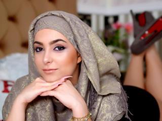 Webcam model ArabicZarah from XLoveCam