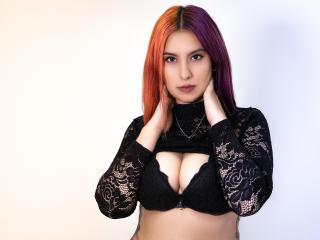 Webcam model ArianaBlues from XLoveCam
