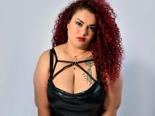 Webcam model BarbaraAmore from XLoveCam