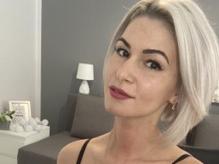 Webcam model BeautyAnders from XLoveCam