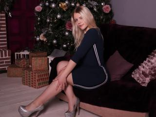 Webcam model BellaAlluring from XLoveCam