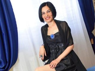 Webcam model BestBangMilf69 from XLoveCam