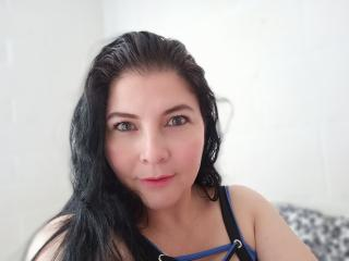 Webcam model BibiRodriguez from XLoveCam