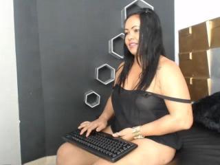 Webcam model BigValentina from XLoveCam