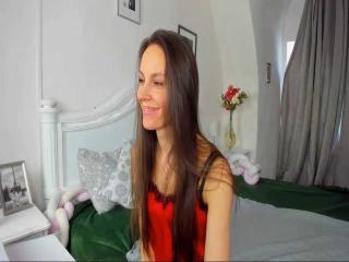 Webcam model BravoLiza from XLoveCam