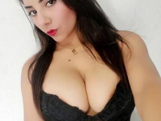 Webcam model BrigitteHotter from XLoveCam