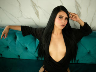 Webcam model CallieeBlairr from XLoveCam