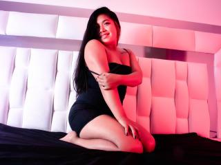 Webcam model CarolineKidman from XLoveCam