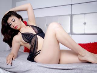 Webcam model ChanellVeil from XLoveCam