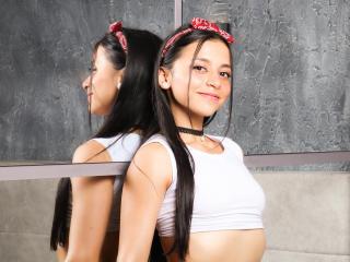 Webcam model CherriSweet from XLoveCam