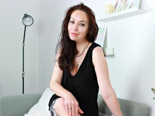 Webcam model CherylAvens from XLoveCam