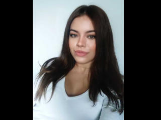 Webcam model ChloeFlirtX from XLoveCam