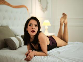 Webcam model ChloeGosp from XLoveCam