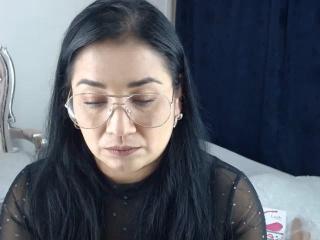 Webcam model ChristineJones from XLoveCam