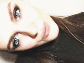 Webcam model DanielaEdith from XLoveCam