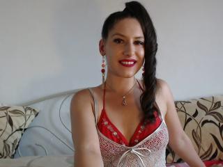 Webcam model DelilahRoss from XLoveCam