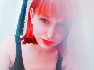 Webcam model DonnaDar from XLoveCam