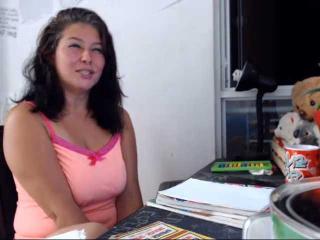 Webcam model DulceFenix from XLoveCam