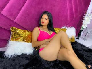Webcam model EllieFoster from XLoveCam