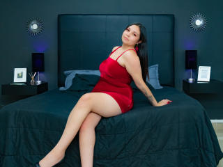 Webcam model EvaHolsten from XLoveCam