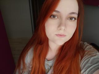 Webcam model FlirtyTrisha from XLoveCam