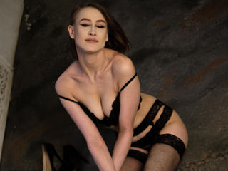 Webcam model FrancesYork from XLoveCam