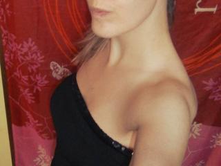 Webcam model GabrielleChic from XLoveCam