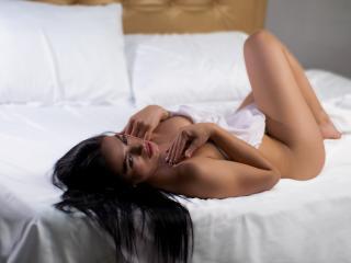 Webcam model HelenMyller from XLoveCam