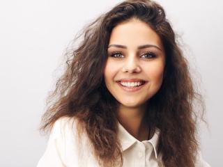 Webcam model HollyCurli from XLoveCam