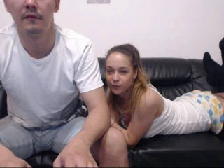 Webcam model IntoHotLove from XLoveCam