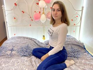 Webcam model IreneLuv from XLoveCam