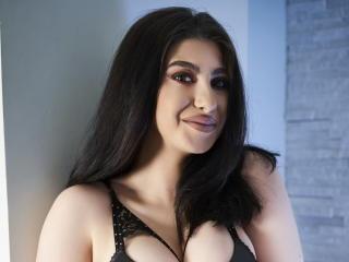 Webcam model IsabellaMyst from XLoveCam