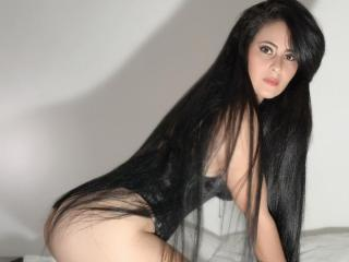 Webcam model IsabellahotSM from XLoveCam