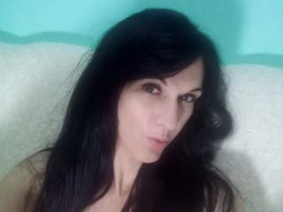 Webcam model JasminySexy from XLoveCam