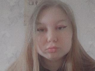 Webcam model JillLaSweet from XLoveCam