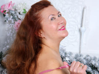 Webcam model JuicyXSandra from XLoveCam