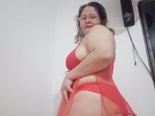 Webcam model JullyStannd from XLoveCam