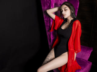 Webcam model KaraFaux from XLoveCam
